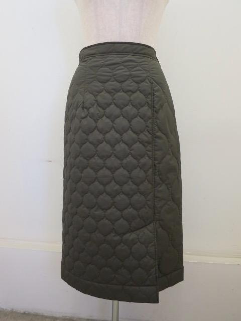 ロジェ(ROSIER) マイクロタフタキルティングタイトスカート:カーキグリーン