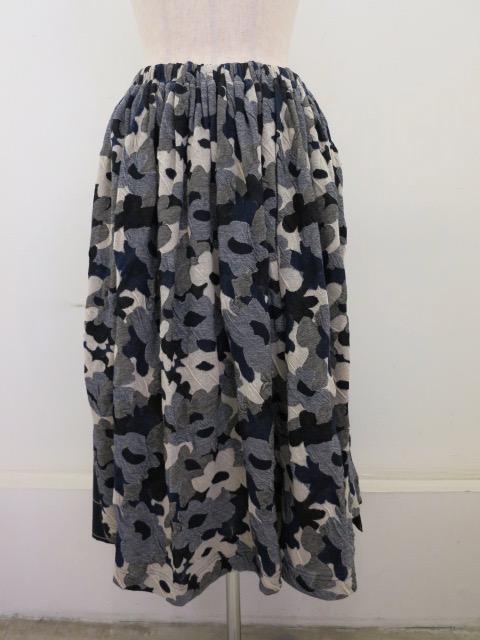 Y's YOHJI YAMAMOTO (ワイズ ヨウジヤマモト)強撚花柄ジャガードウエストゴムギャザースカート:ブルー