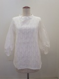 KEI Hayama PLUS(ケイハヤマプリュス),製品洗い綿麻先染めエンブロイダリージグザグ刺繍半袖ブラウス:ホワイト
