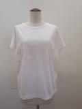 H.A.K (ハク),ハイゲージ天竺オーナーメントローズ刺繍半袖Tシャツ:ホワイト