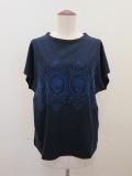 H.A.K (ハク),ハイゲージ天竺オーナーメントローズ刺繍半袖Tシャツ:ネイビー