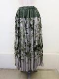 KEI Hayama PLUS(ケイハヤマプリュス),リーフモチーフシャワープリントキュプラフィブリルシャーウエストゴムギャザースカート:グリーン