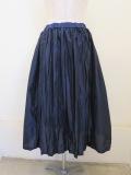 KEI Hayama PLUS(ケイハヤマプリュス),ライトタフタシワ加工×80/20ギザリヨセル天竺ウエストゴムギャザースカート:ネイビー