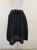 me ISSEY MIYAKE (ミー イッセイミヤケ),フロッキギンガムチェックシースルークレープウエストゴムギャザースカート:グレー
