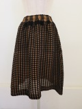 me ISSEY MIYAKE (ミー イッセイミヤケ),フロッキギンガムチェックシースルークレープウエストゴムギャザースカート:ブラウン
