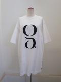 g. ジードット   ロゴ入りロングTシャツ:ホワイト