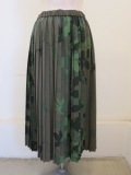 KEI Hayama PLUS(ケイハヤマプリュス),リーフガーデンプリントウエストゴムプリーツスカート:カーキ