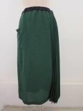 KEI Hayama PLUS(ケイハヤマプリュス),エミアーナコンパクトパイル脇プリーツセミタイスカート:グリーン