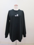 wmg.ダブルエムジードット.wmg.立体ロゴプリント長袖ロングTシャツ:ブラック