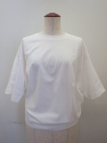 g.ジードット ラウンドシルエット五分袖Tシャツ:ホワイト