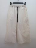 KEI Hayama PLUS(ケイハヤマプリュス) タスランツイルウエストゴム 八分丈パンツ:オフホワイト