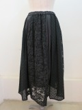 ロジェ(ROSIER) フラワーエンブロイダリーレースウエストゴムギャザースカート :ブラック