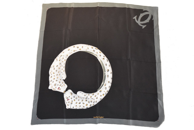 カルティエ スカーフ Cartier スカーフ パンテールプリント ロゴ ブラック/グリーン系【中古】