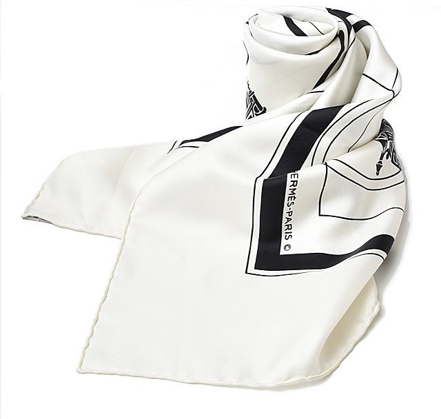 エルメス スカーフ HERMES スカーフ カレ90 シルクツイル 馬車/ロゴモチーフ ホワイト/ブラック【中古】