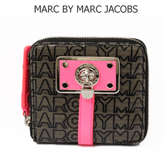 MARC BY MARC JACOBS(マークバイマークジェイコブス)ターンロック付ファスナー折財布 ブラック×ピンク M382459 新品