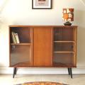 キャビネット、ブックケース、収納、ビンテージ、アンティーク、北欧家具、北欧デザイン、イギリス・013080