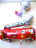結婚祝・祝電・結婚式バルーンギフト「消防車 ブライダル・バルーン」バルーン電報になります。