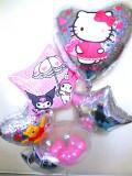 誕生日祝/送料無料「キティ&マイメロ&プーさん バルーン」素敵なバルーン電報になります。