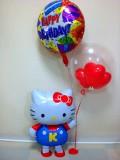 誕生日祝/送料無料「キティ・バースデー ミニ」バルーンギフトにメッセージカードを添えれば素敵なバルーン電報になります。