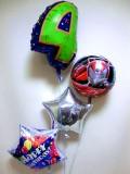 お誕生日祝「数字のバルーン付 送料無料仮面ライダーお誕生日祝バルーン」バルーン電報になります。