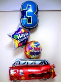 お誕生日祝「数字のバルーン付 消防車バースデーバルーン」バルーン電報になります。