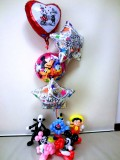 お誕生日祝「ラブ・ミッキー&ミニー&ディズニースター バースデーバルーン&バルーンアート」バルーン電報になります。