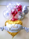 結婚祝・バルーンギフト「送料無料DXウエディングワインレッド・バルーン」バルーン電報になります。