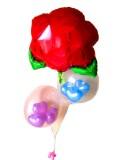 送料無料「バレンタン ハート&レッドローズ バルーン」メッセージカードを添えれば素敵なバルーン電報に。