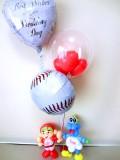 スライリー・カープ・祝電・プロ野球・広島・カープ坊や「送料無料ベースボール・赤いヘルメット 結婚祝バルーン」