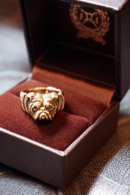 PEANUTS & Co. Bull Ring Brass