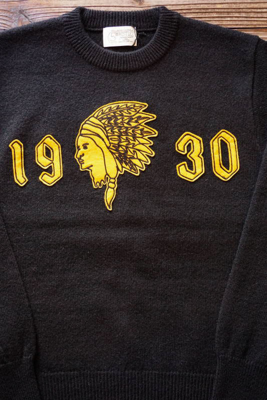 "5 WHISTLE ""INDIAN HEAD"" SWEATER BLACK"