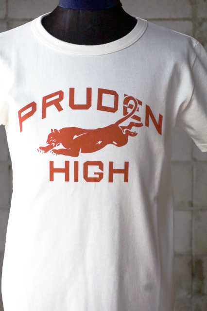 "Delinquent Bros ""PRUDEN""COLLEGE Tee WHITE"
