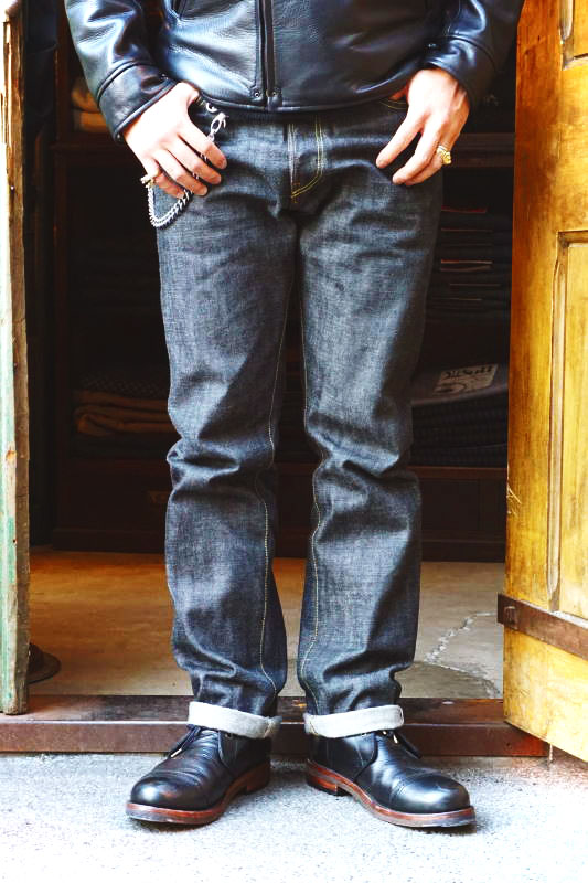 5 WHISTLE DENIM PANTS BLACK