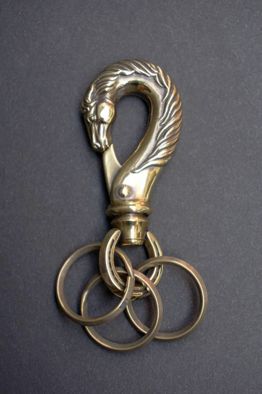 "PEANUTS & Co. horse key hook ""L"" brass"