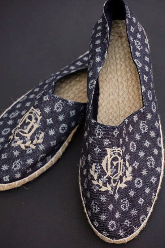 """BY GLAD HAND GH - ROOM SHOES """"TYPE-1"""" FAMILY CREST"""
