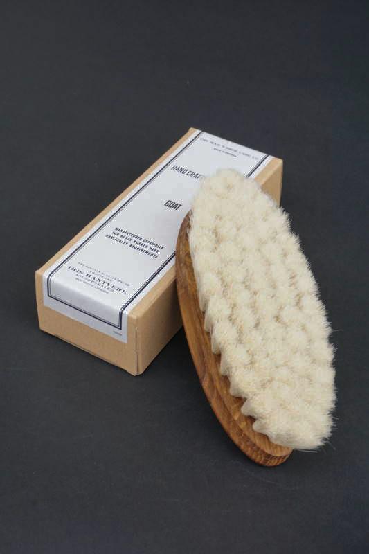 IRIS HANTVERK × The MAIL'S shoe care Co. HAND CRAFTED BRUSH -Goat -