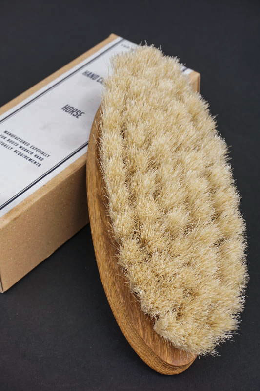 IRIS HANTVERK × The MAIL'S shoe care Co. HAND CRAFTED BRUSH -Horse -