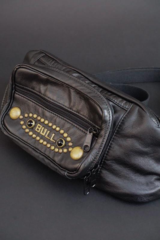 B.S.M.G. B.O. Shoulder Bag Heritage Brass BLACK