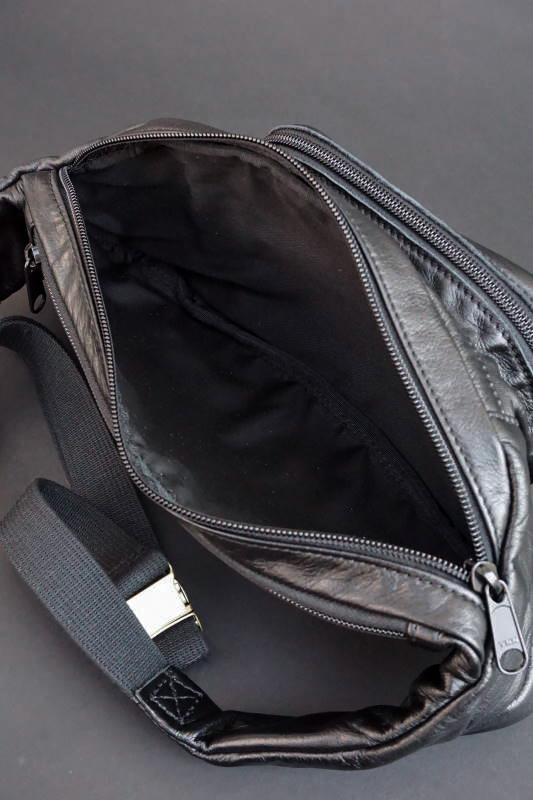 B.S.M.G. B.O. Shoulder Bag Heritage Brass BLACK