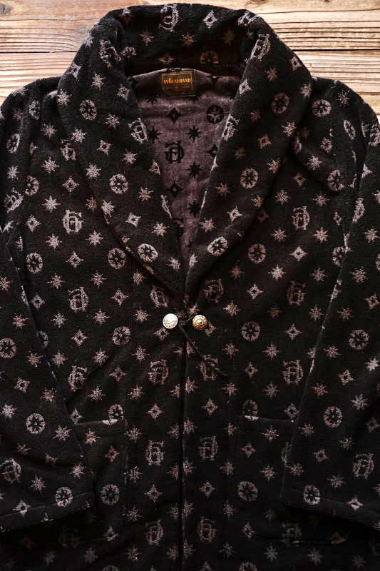 BY GLAD HAND FAMILY CREST - SMOKING JACKET BLACK
