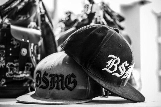 B.S.M.G. B LETTERS - CAP BEIGE
