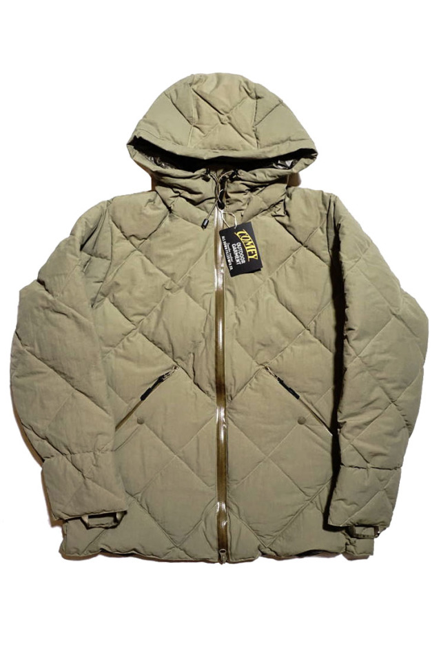 "COMFY OUTDOOR GARMENT ""CMF DOWN JACKET"" KHAKI"