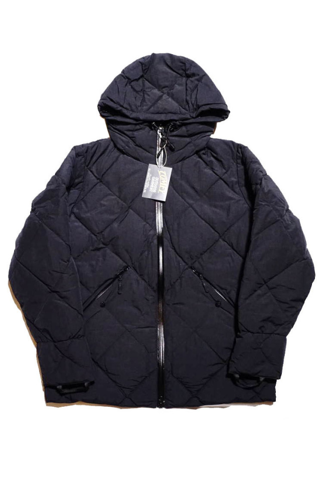 "COMFY OUTDOOR GARMENT ""CMF DOWN JACKET"" BLACK"