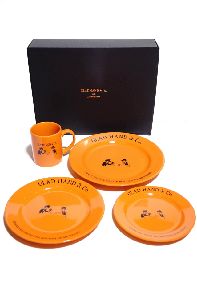 "GLAD HAND TABLE WARE COMPLETE SET ""10th ANNIVERSARY"""