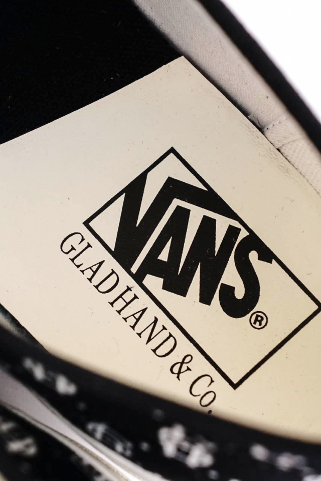 "GLAD HAND × VANS AUTHENTIC ""FAMILY CREST"""