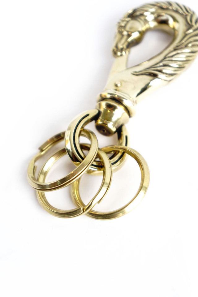 "PEANUTS & Co. horse key hook ""L"" brass"