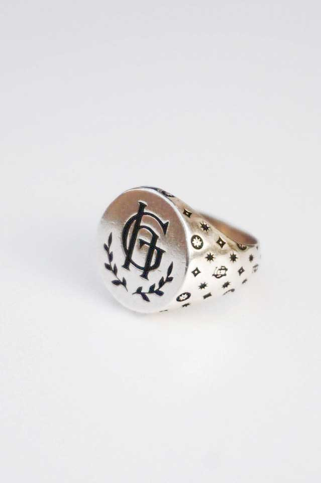 GLAD HAND JEWELRY RING FAMILY CREST SILVER925