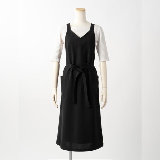 ロングエプロン(バックルなし)【黒】ポリエステル100%・ノーアイロン・ジャンパースカート型