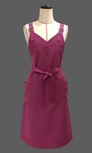 バックルエプロン【ベリー】ポリエステル100%・ノーアイロン・ジャンパースカート型