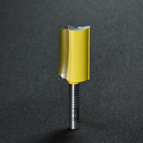 B13-05 刃径18mmストレートビット(プランジ刃付き) 6mm軸  《送料無料》
